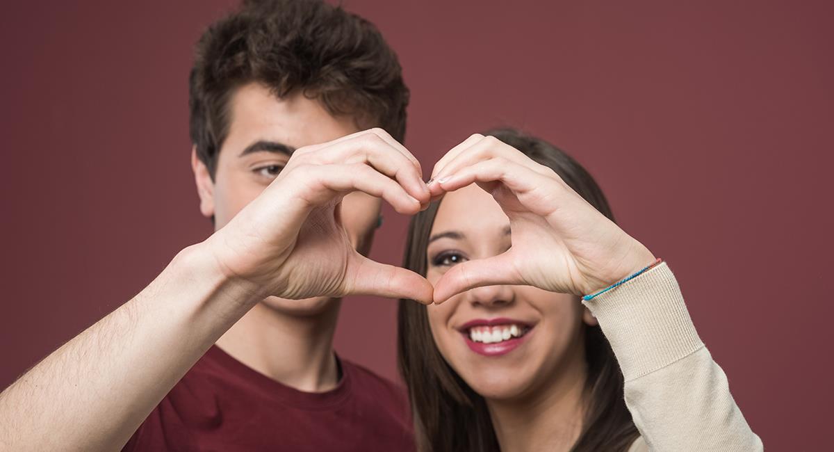 Estudio revela la compatibilidad amorosa real de los signos del zodiaco. Foto: Shutterstock