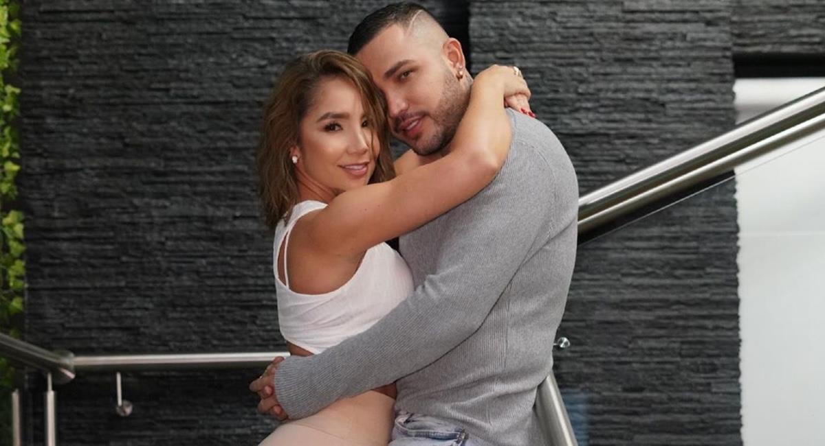 El cantante fue grabado por su novia Paola Jara. Foto: Instagram @jessiuribe3.