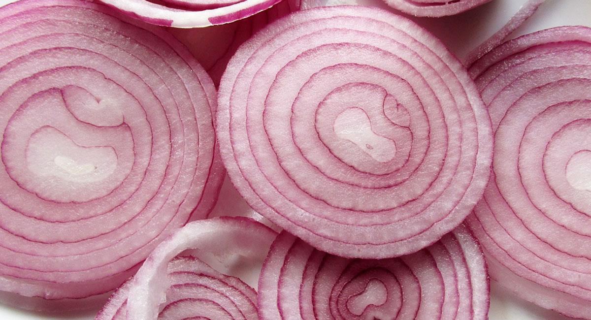 Las cebollas tienen nutrientes y oligoelementos ideales para tu alimentación sana. Foto: Pixabay