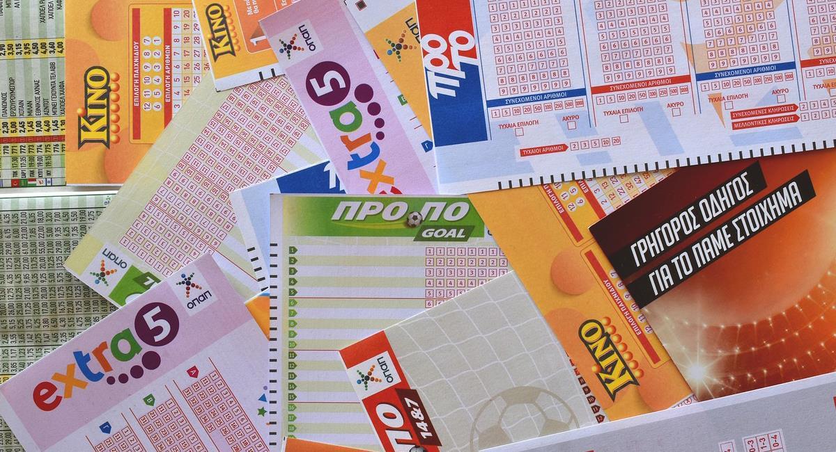 La banda de estafadores engañaba a sus víctimas con supuestos billetes ganadores de lotería. Foto: Pixabay