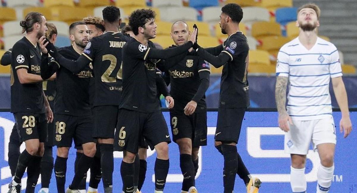 Barcelona celebra su victoria ante Dinamo de Kiev en Champions League. Foto: EFE