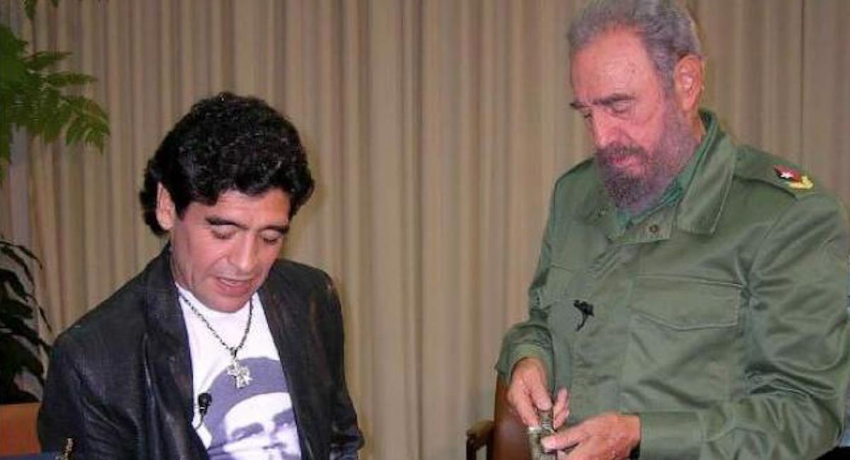 Una de las visitas de Maradona a Fidel Castro en Cuba. Foto: Twitter @iunida