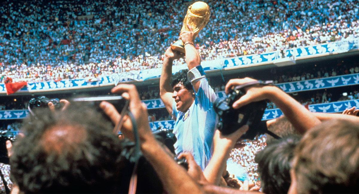 Diego Maradona siempre será recordado como un genio del fútbol. Foto: EFE