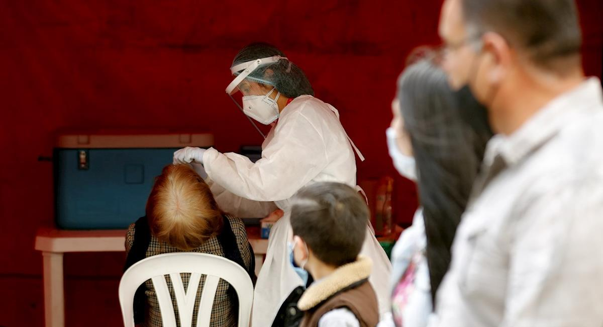 Colombia se acercó a los 10 mil casos diarios este 26 de noviembre. Foto: EFE