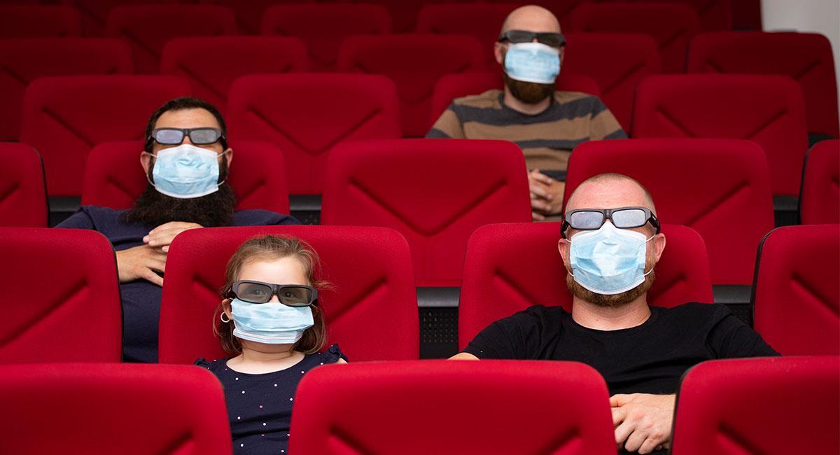 Las salas de cine en Colombia volvieron a abrir desde este 26 de noviembre. Foto: Shutterstock