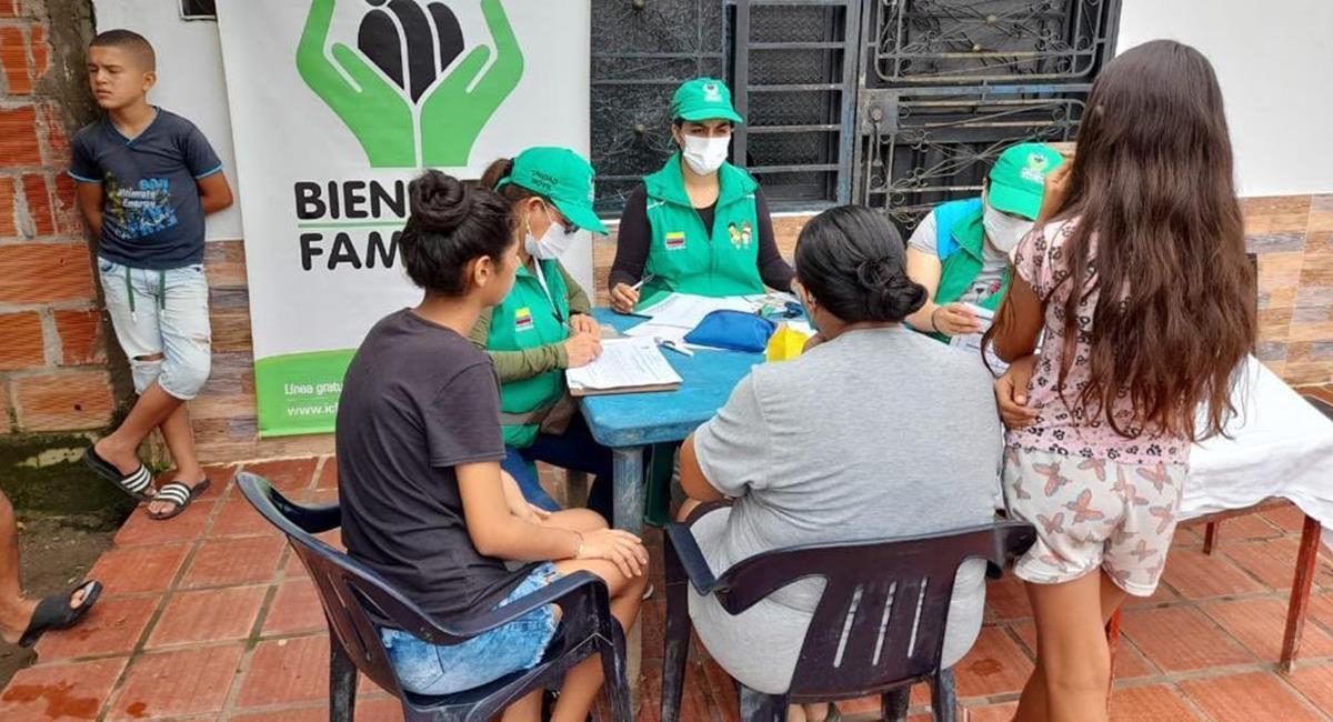 ICBF entregó alimentos a personas fallecidas, según la Contraloría. Foto: Twitter @linaarbelaez