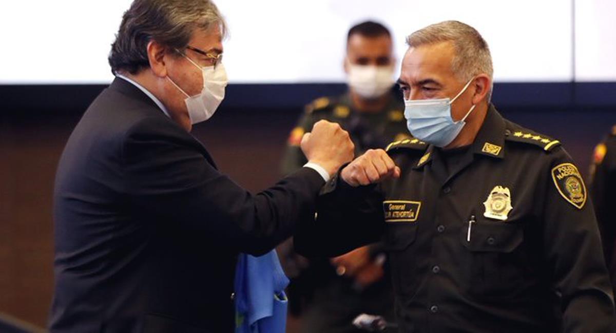 Ministro de Defensa y director de la Policía, recurrirán a apelación para evitar ser arrestados durante 3 días. Foto: Twitter @LaCarinosaNeiva