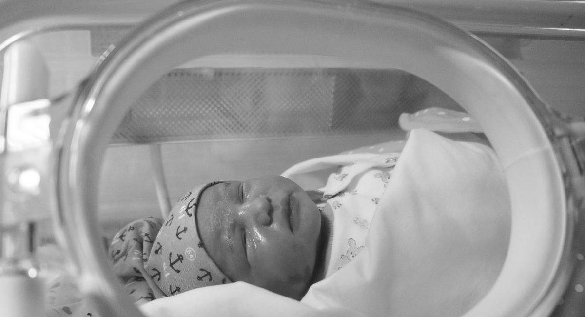 Una bebé fue lograda salvar de una madre embarazada que murió a consecuencia del Covid-19 en España. Foto: Pixabay