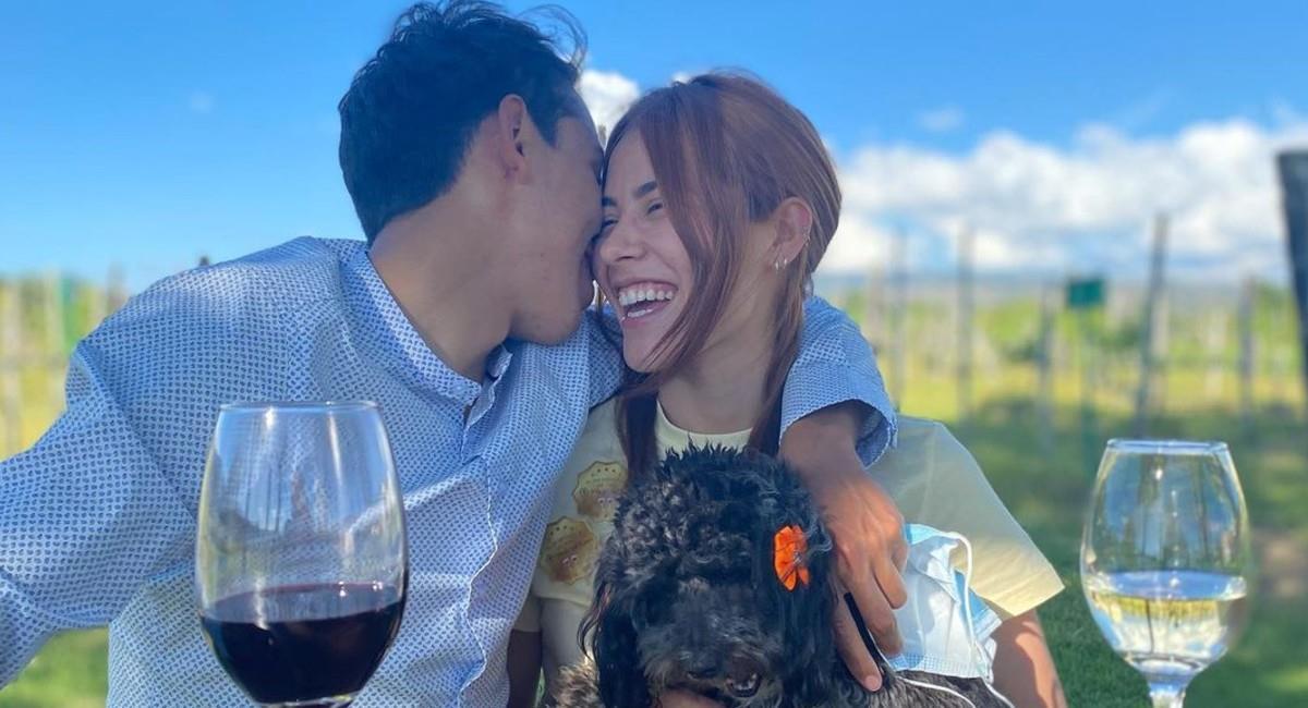 Egan Bernal junto a su nueva novia. Foto: Instagram @eganbernal