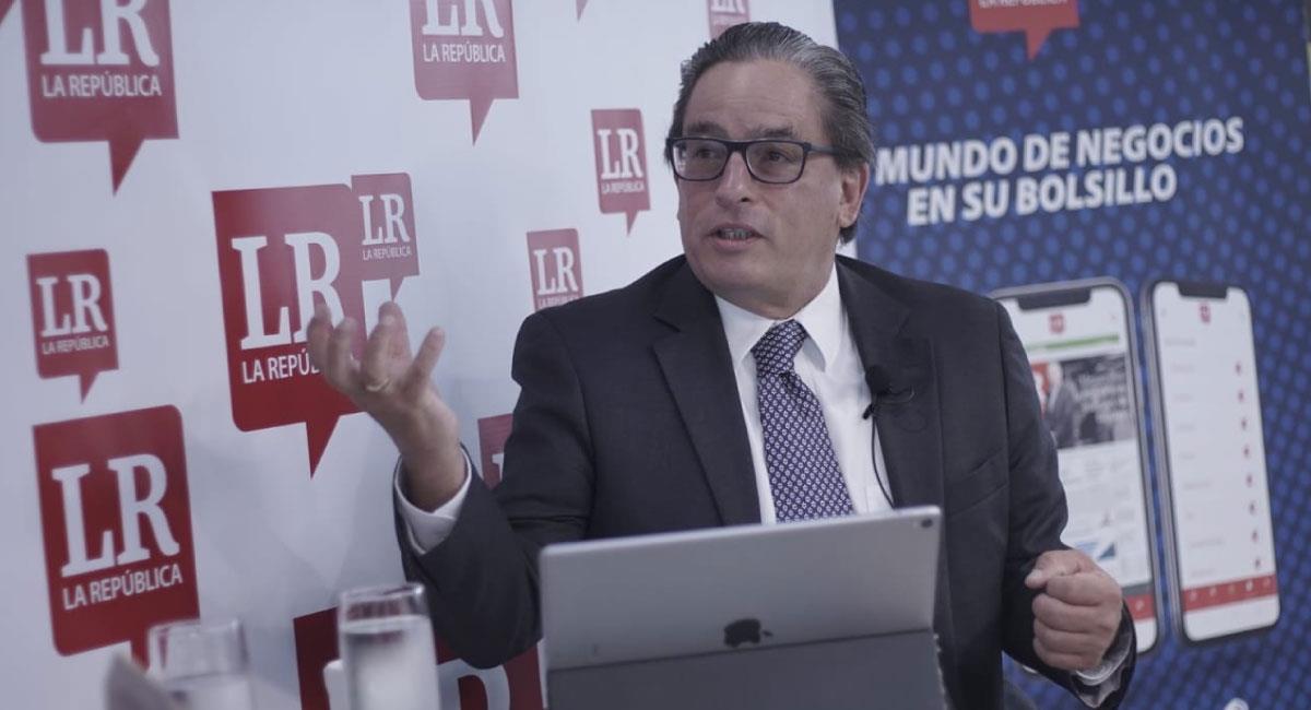 Las declaraciones del Ministro no han disminuido la inconformidad de los colombianos. Foto: Twitter @MinHacienda
