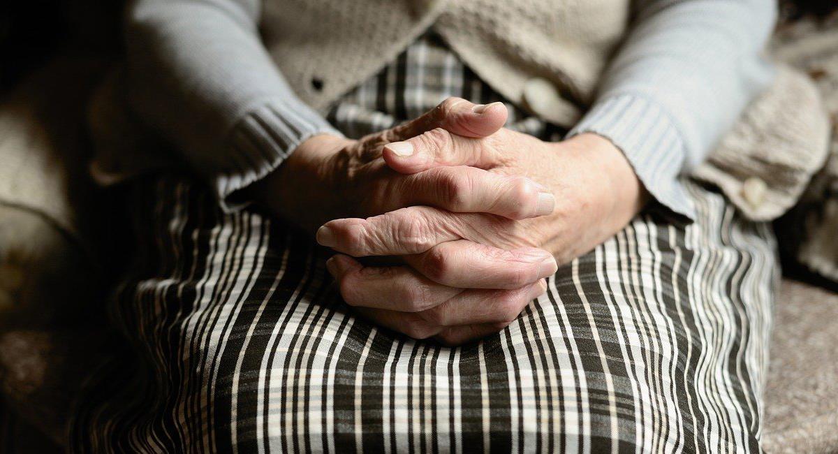 Existe alerta en un centro geriátrico de El Líbano en el Tolima por 97 adultos mayores contagiados de Covid-19 y 7 fallecidos desde el 22 de diciembre. Foto: Pixabay