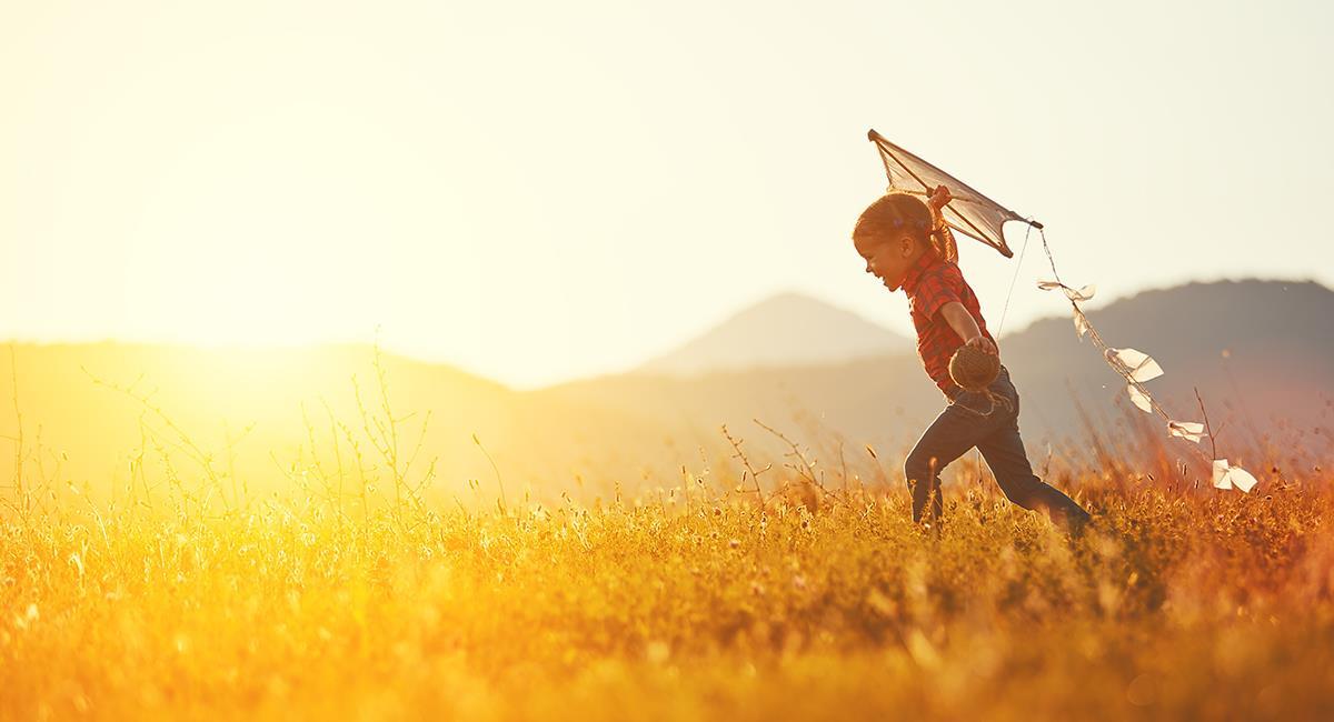 Increíble oración para pedir por los niños y jóvenes del mundo. Foto: Shutterstock