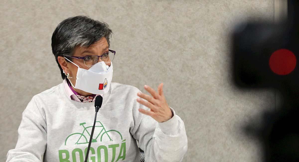 Alcaldesa de Bogotá acorta sus vacaciones en el exterior tras fuertes críticas