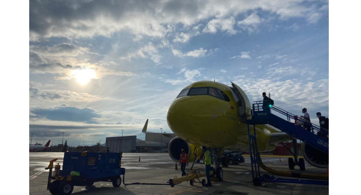 El 83% de los viajeros se sienten más tranquilos con las medidas de bioseguridad en los vuelos. Foto: Twitter @CarlosJu777