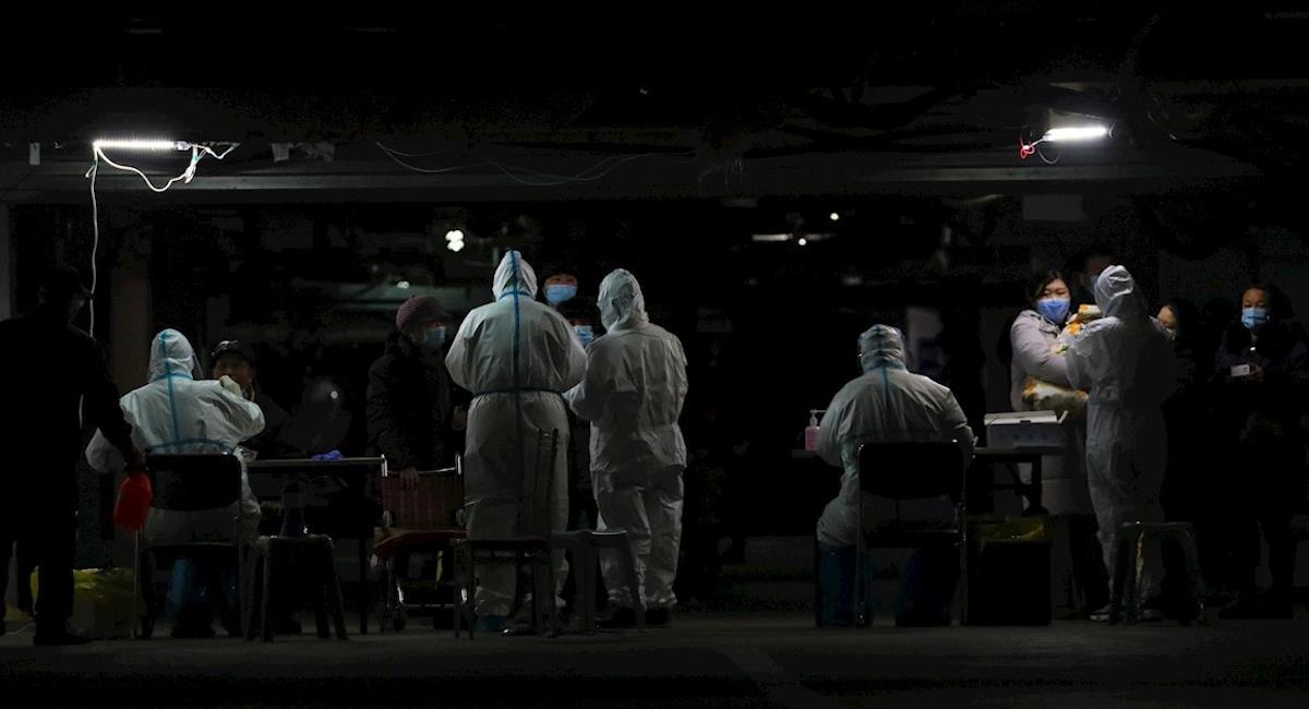 Expertos de la OMS llegan a Wuhan. Foto: EFE