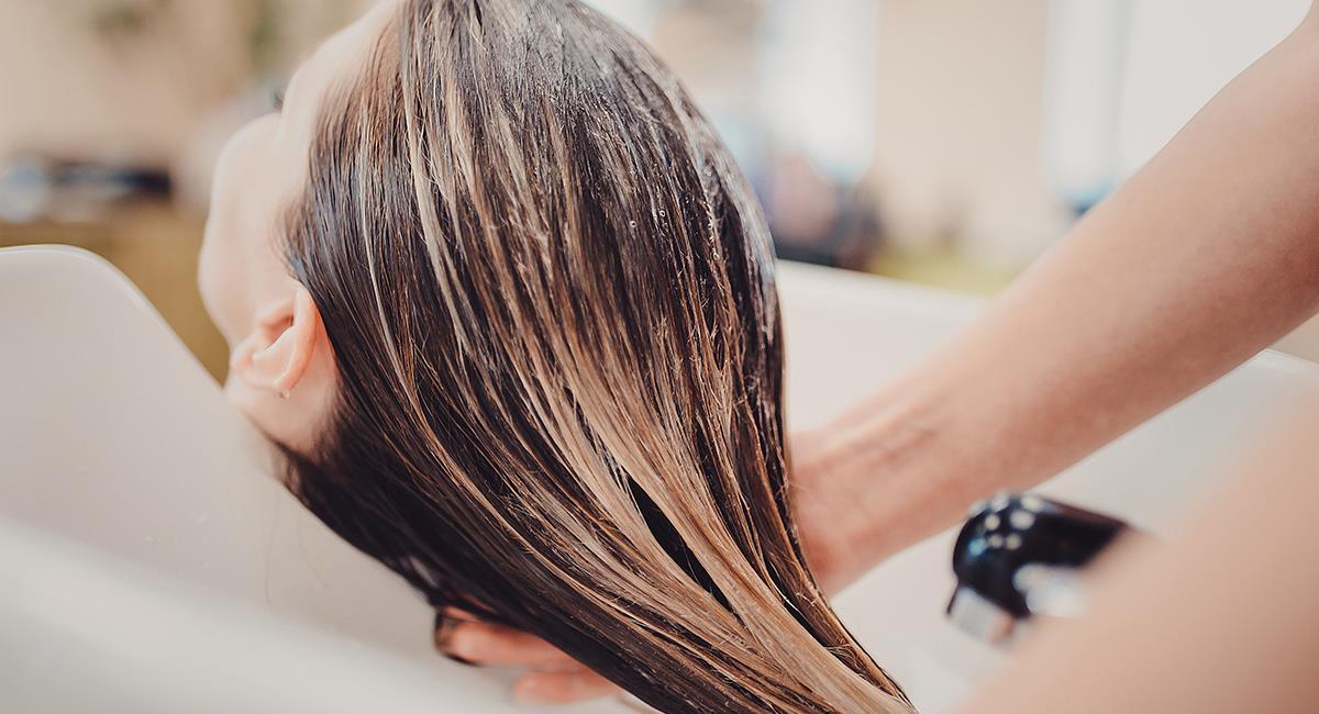 ¿Tienes el cabello tinturado? Así es como deberías lavarlo. Foto: Shutterstock