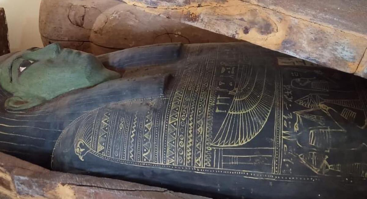 50 sarcófagos de madera fueron encontrados en lugares cercanos a la necrópolis de Saqqara en Egipto. Foto: Twitter @Egypteinsolite
