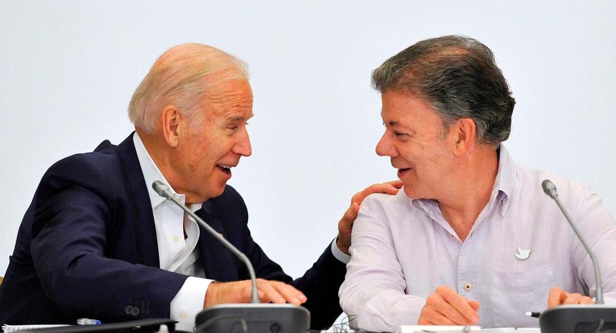 Joe Biden apoyó el proceso de paz con las Farc liderado por el entonces presidente de Colombia, Juan Manuel Santos. Foto: Twitter @JuanManSantos