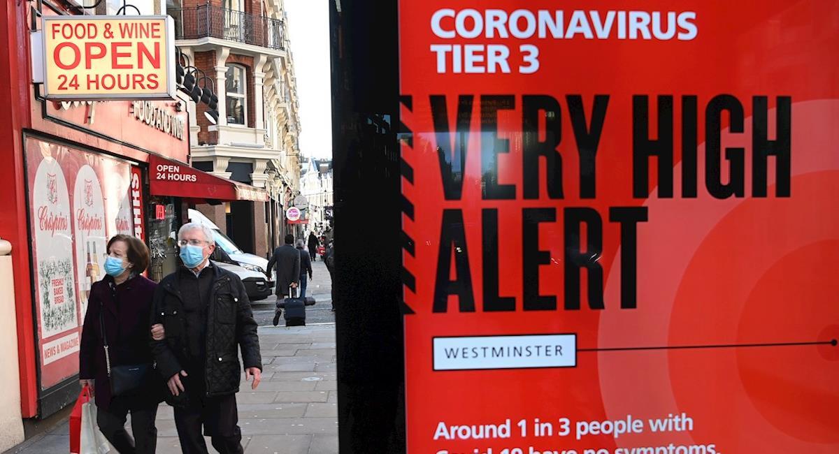 Johnson dice que la variante británica del coronavirus es más mortífera. Foto: EFE