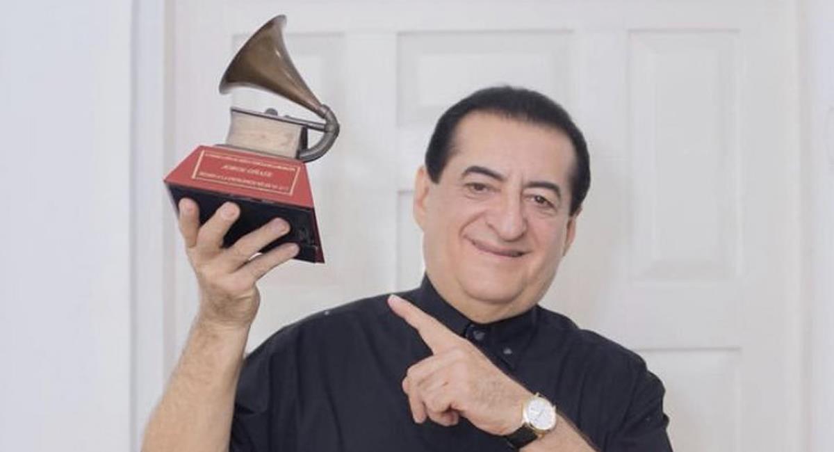 Jorge Antonio Oñate González es uno de los más importantes cantantes y compositores de la música vallenata. Foto: Twitter @martazuleta