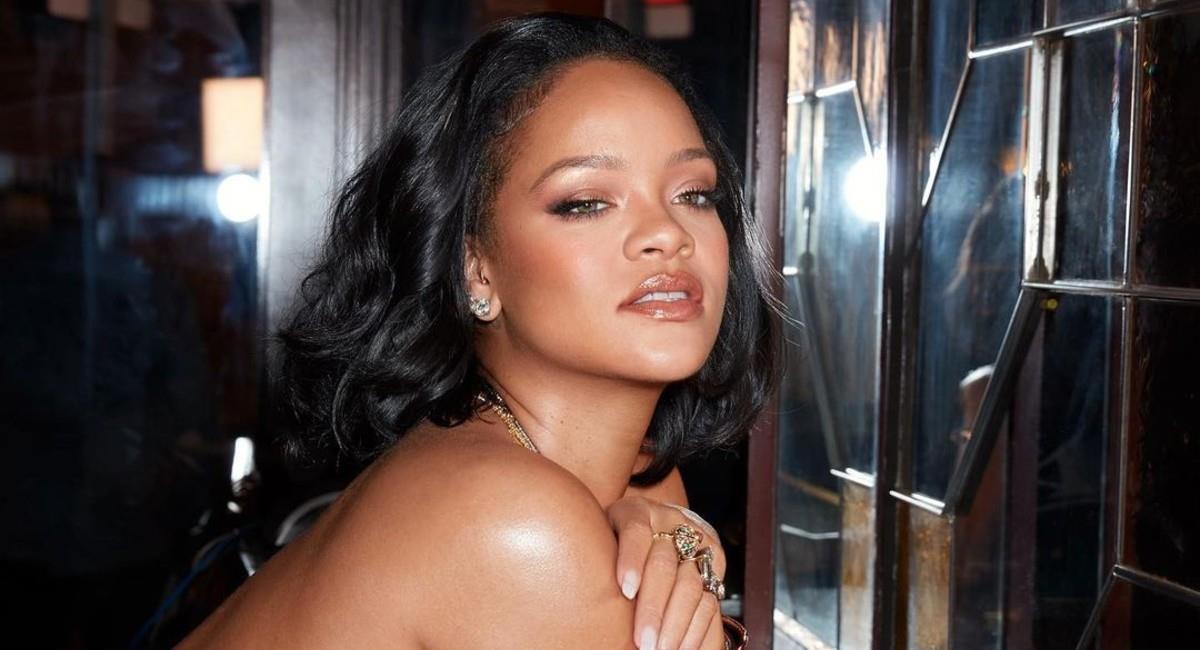 Rihanna promociona su nueva colección de la línea 'Savage x Fenty'. Foto: Instagram