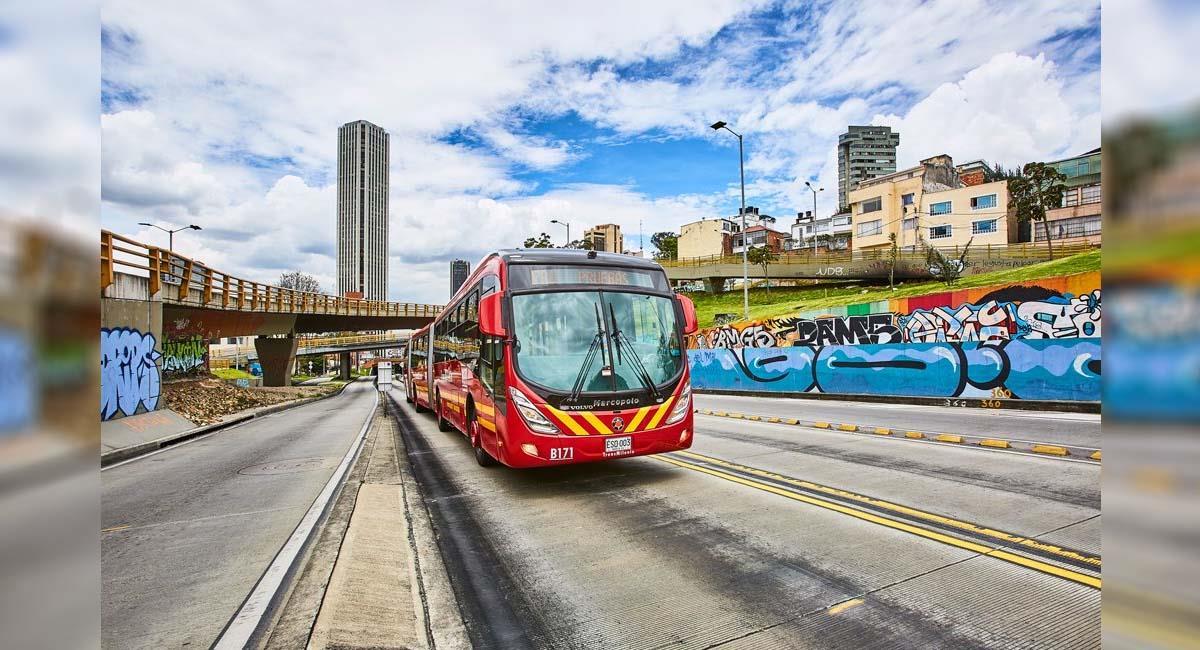 TransMilenio busca ocupar las vacantes que genera la inclusión de nuevos buses en Bogotá. Foto: Twitter / @TransMilenio
