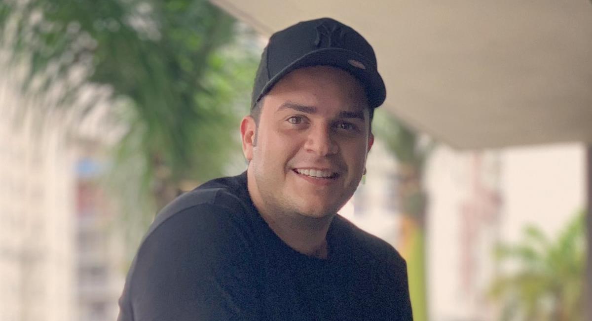 Che Carrillo es un joven cantante de música vallenata que también ha incursionado en la actuación. Foto: Twitter @CheCarrillo