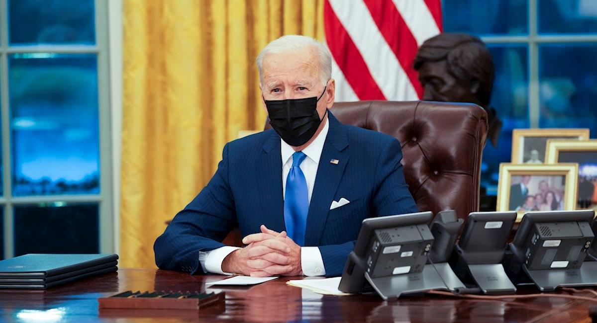 Biden ordena terminar con ordenes migratoria de Donald Trump. Foto: EFE