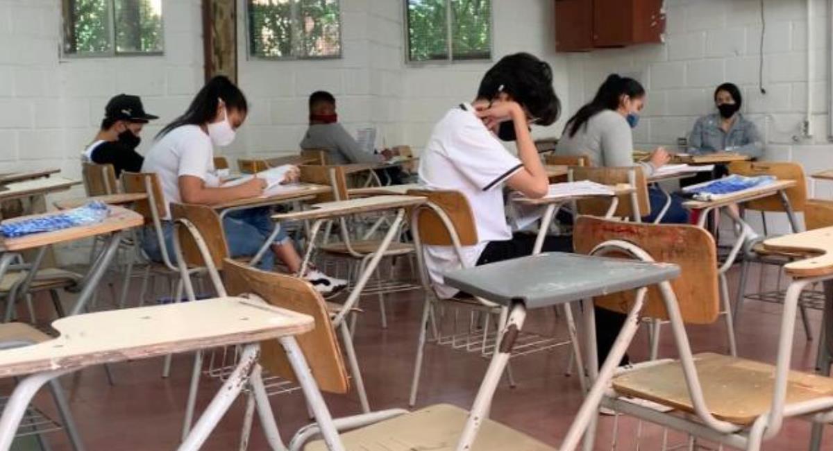 Colegio oficiales de Medellín regresan a clases este 10 de febrero. Foto: Alcaldía de Medellín