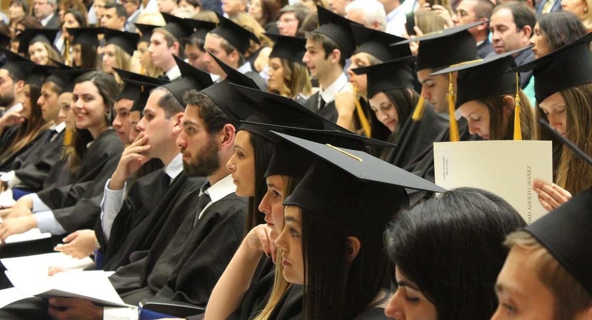 Estudiantes de posgrado y doctorado podrán optar por esta beca. Foto: Pixabay