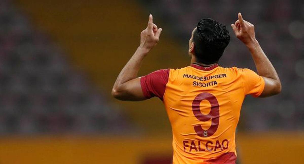 Falcao García ya tiene más partidos ausente que jugados con Galatasaray. Foto: Twitter @FALCAO