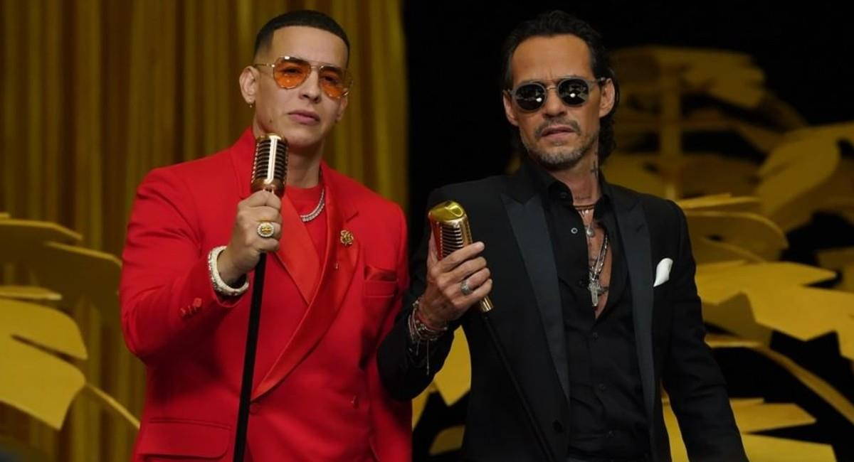Daddy Yankee y Marc Anthony interpretando en el escenario 'De vuelta pa' la vuelta'. Foto: Instagram