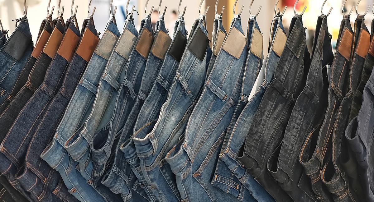 Moda que incomoda: fuertes críticas a un jean que deja todo a la vista. Foto: Shutterstock