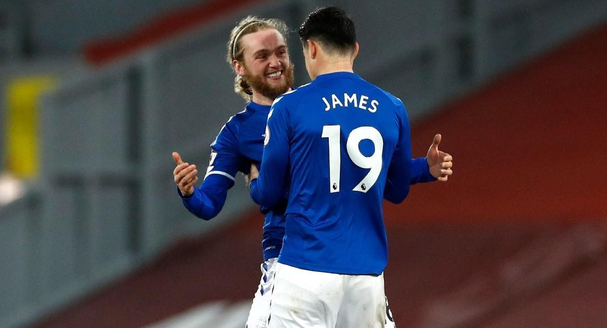 James Rodríguez en la victoria de Everton ante Liverpool. Foto: Twitter @Everton