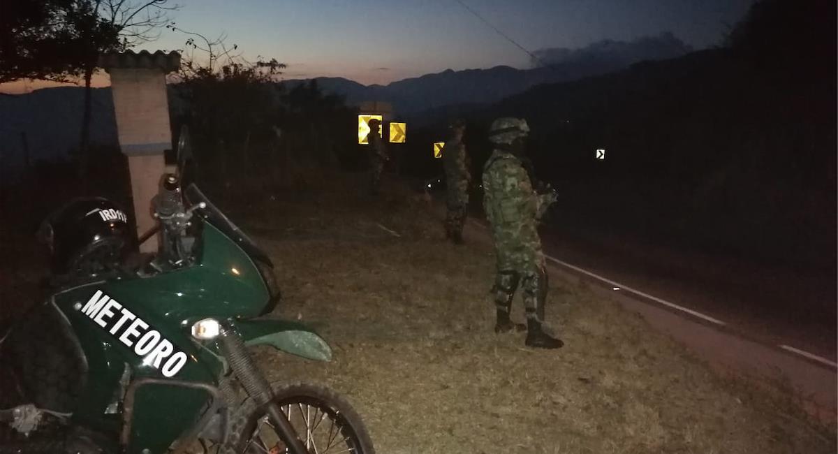 Ataque por parte del ELN al Ejercito deja 2 muertos y 11 heridos. Foto: Twitter @Ejercito_Div2