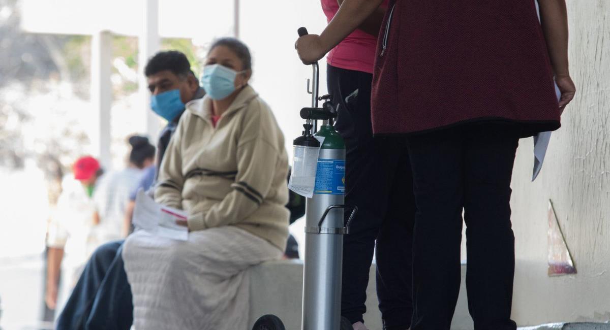 Adultos mayores y mujeres suelen sufrir de Covid prolongado, un asunto que debe ser de interés prioritario para las autoridades de cada país. Foto: Twitter @AristeguiOnline