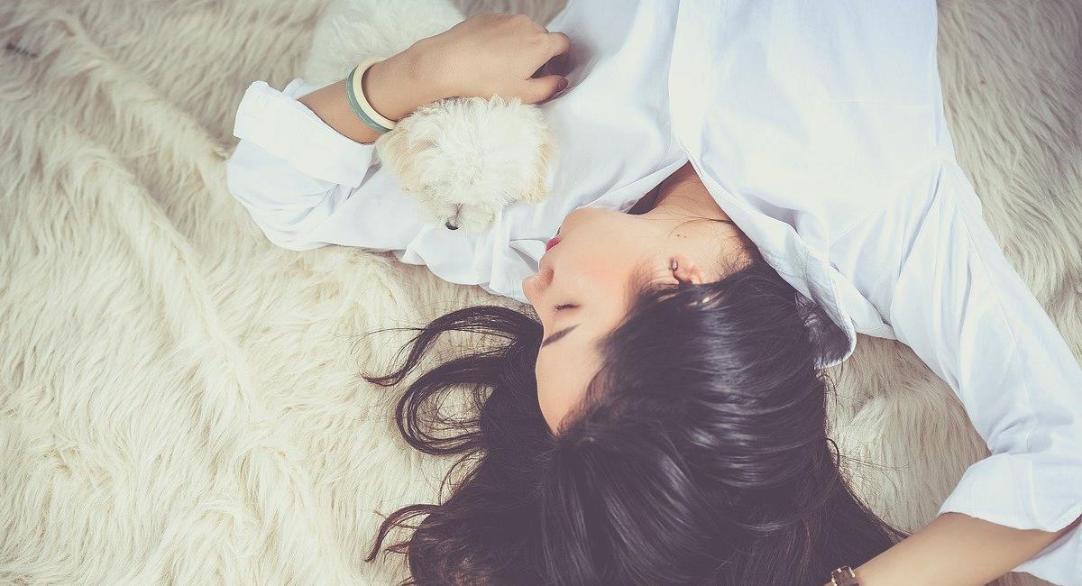 No hay mejor placer que dormir, pero hacerlo adecuadamente es un asunto que combina diferentes variables para otorgar el mayor beneficio. Foto: Pixabay