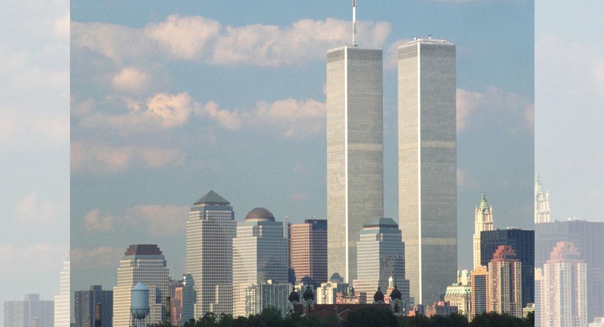 Las Torres Gemelas de Nueva York desaparecieron tras el 11 de septiembre de 2001. Foto: Twitter @memescastilla