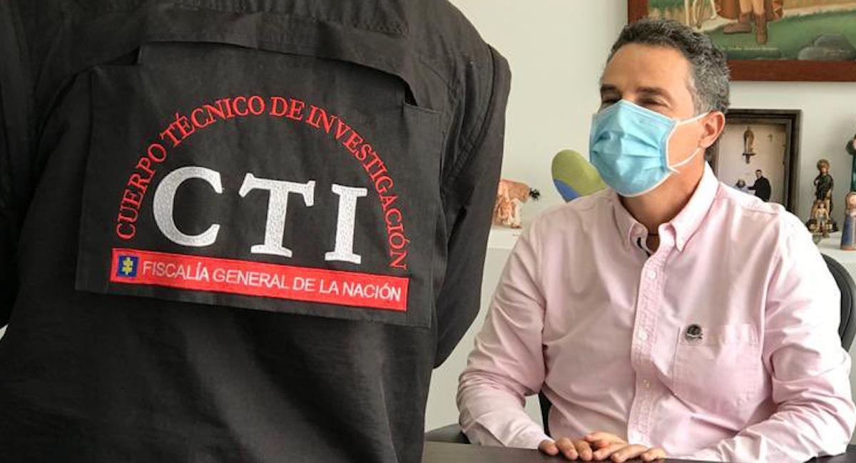 Momento de la recaptura del gobernador, Aníbal Gaviria. Foto: Twitter @FiscaliaCol