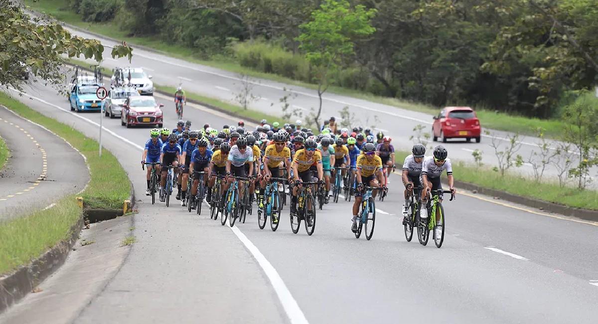 La Vuelta a Colombia regresa en este 2021 y con mucha montaña. Foto: Twitter @fedeciclismocol