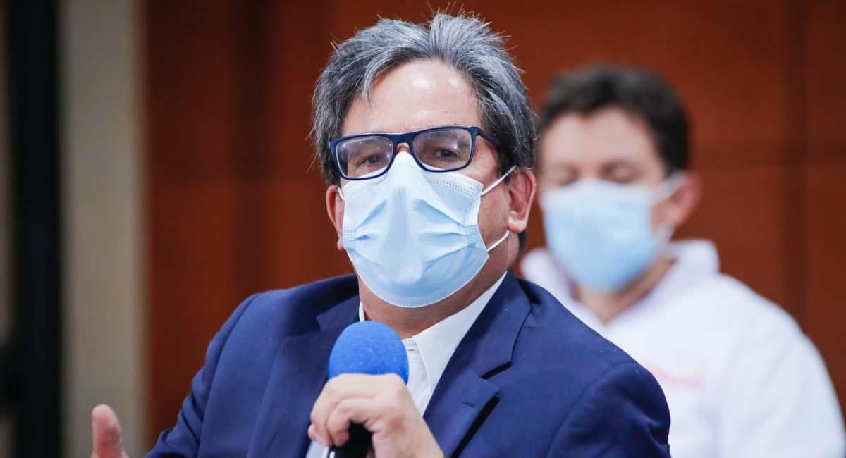 Alberto Carrasquilla, ministro de Hacienda de Colombia. Foto: Twitter / @Bogota