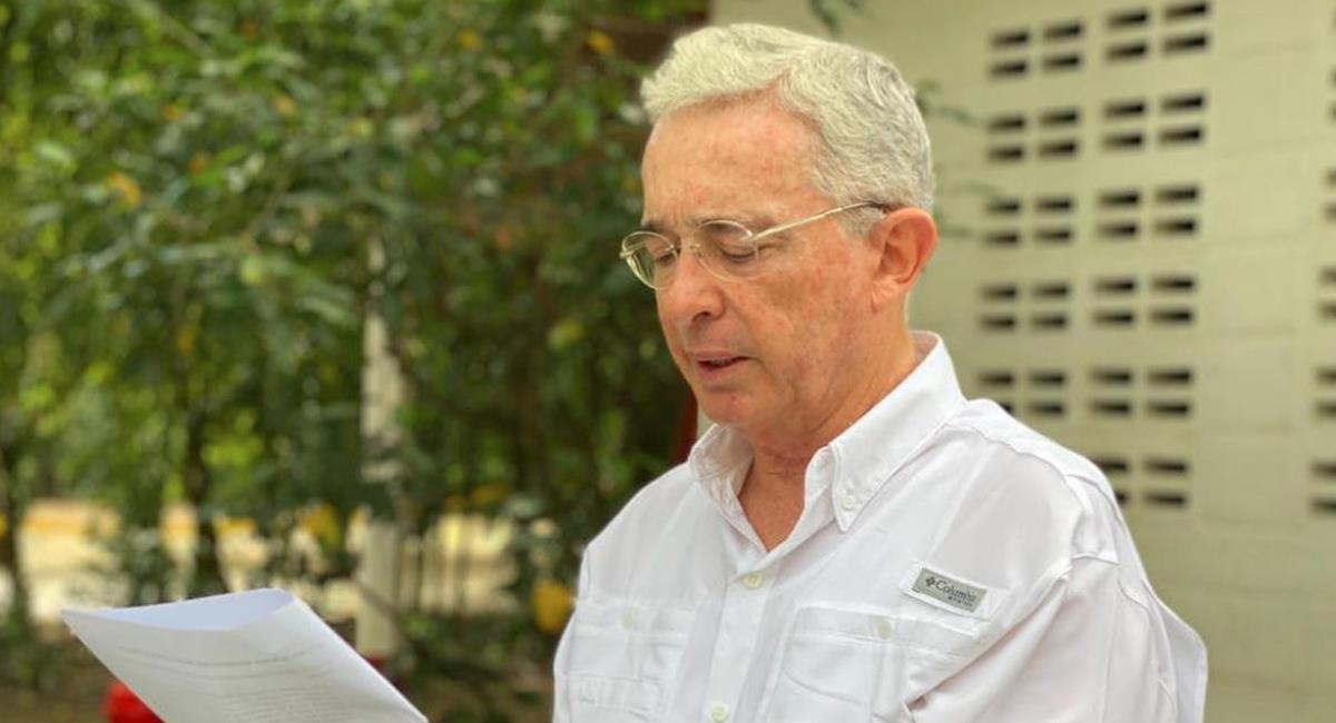 Fiscalía ordena orden de preclusión al caso de Uribe. Foto: Facebook Álvaro Uribe Vélez