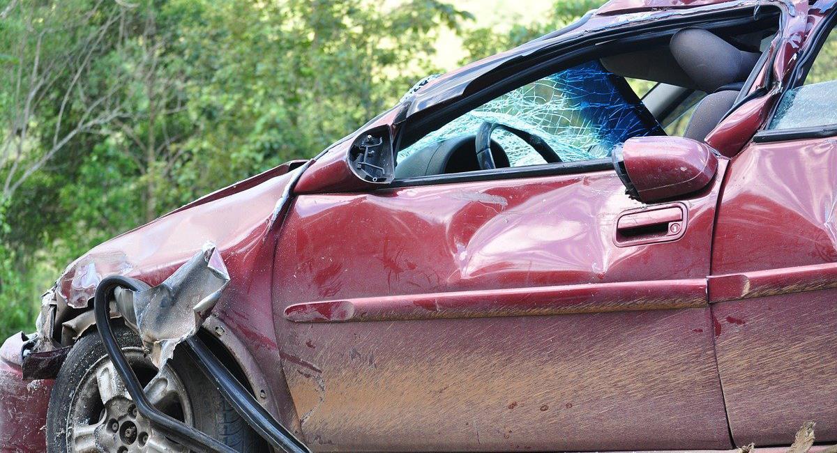 Un policía del departamento de Boyacá fue destituido por conducir ebrio en servicio y ocasionar un accidente, él interpuso una tutela para ser reintegrado, pero la negaron. Foto: Pixabay