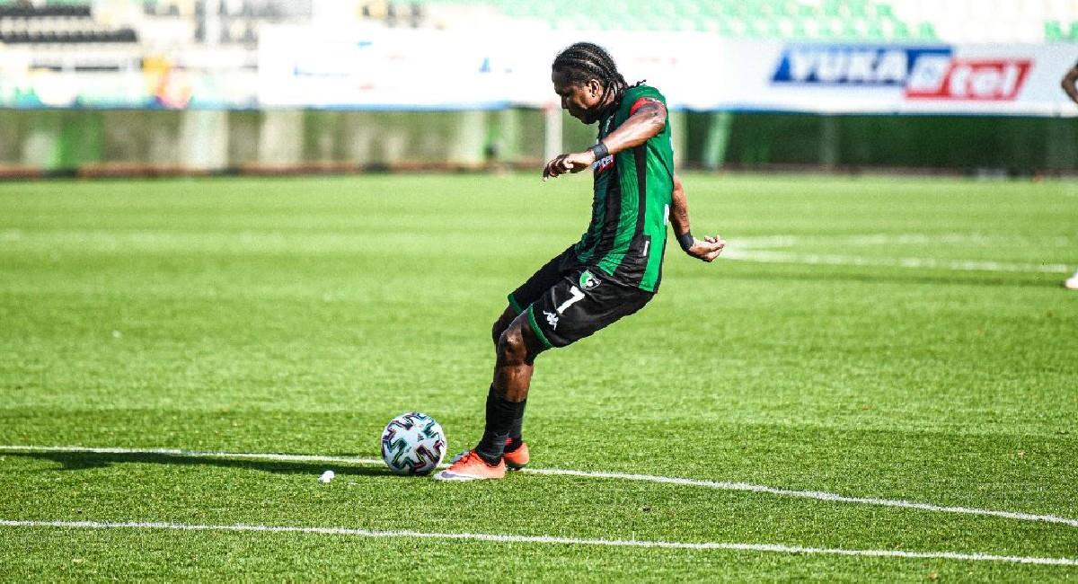 Hugo Rodallega llega a nueve goles en esta temporada. Foto: Twitter @Denizlispor