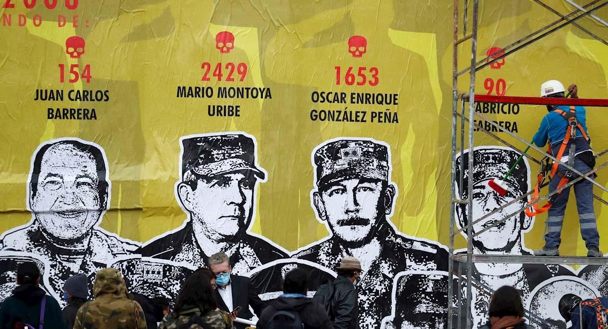 El mural fue colocado el pasado 5 de marzo. Foto: EFE