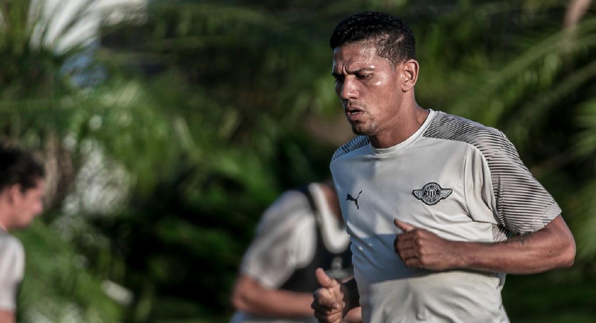 Alex Mejía, jugador colombiano en Libertad de Paraguay. Foto: Twitter @Libertad_Guma