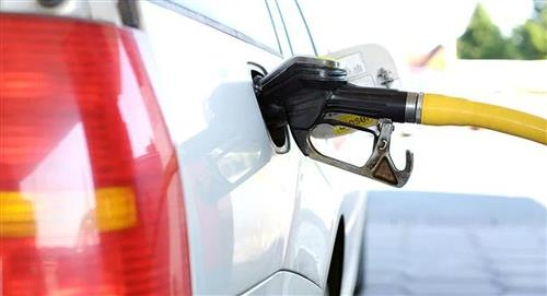 Desde hoy el gobierno nacional sube el precio de la gasolina