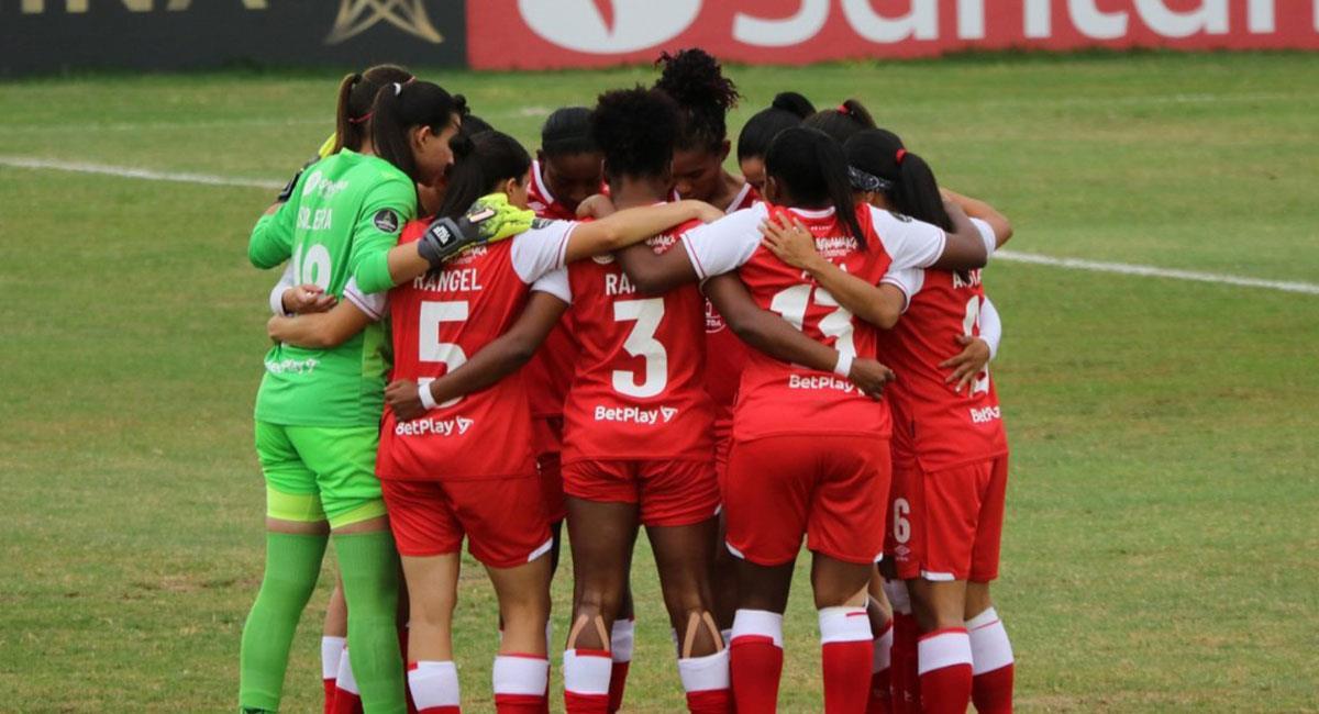 Santa Fe no pudo avanzar a la semifinal de la Copa Libertadores Femenina. Foto: Twitter @SantaFe