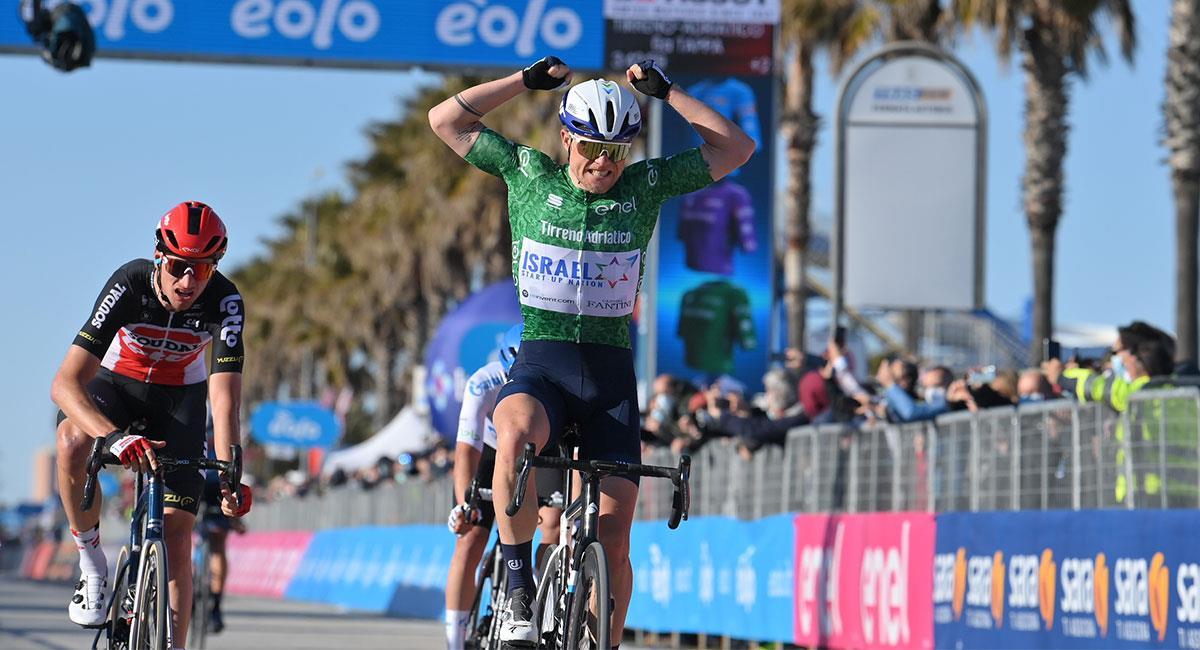 Mads Wurtz llegó primero en la penúltima etapa de la Tirreno-Adriático. Foto: Twitter @TirrenAdriatico