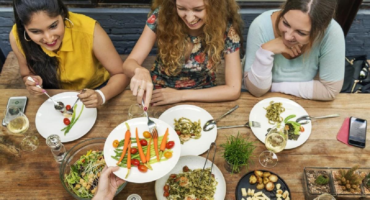 Conoce los alimentos que debes consumir según tu edad. Foto: Shutterstock